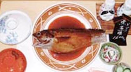 まさ常の「どんこ煮膳」1680円