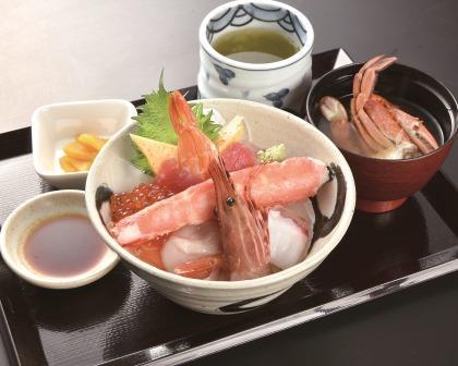 当店イチオシ!! 海鮮丼 カニ汁付き 2,200円